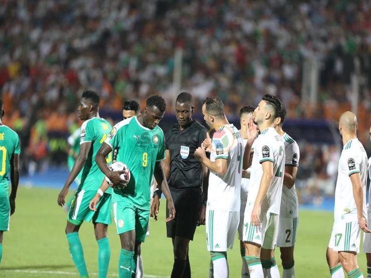 لقطة تحبس الأنفاس.. حكم الفيديو يحسم جدل ركلة جزاء ضد الجزائر