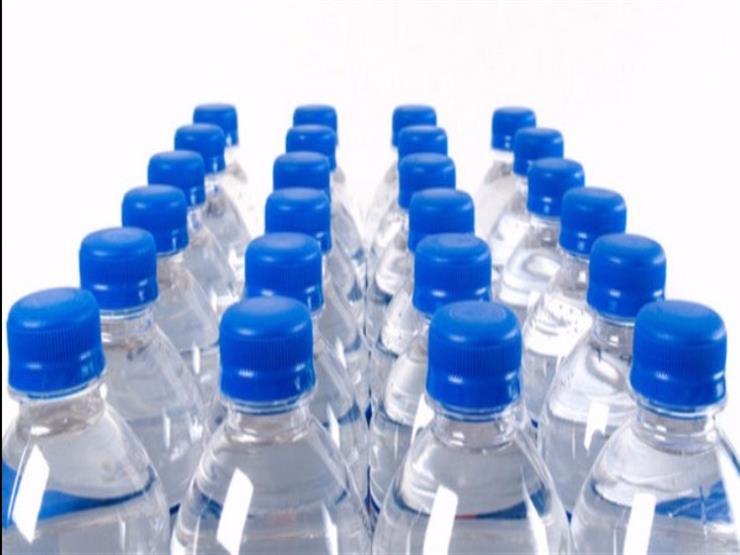 تعرف على أضرار إعادة استخدام زجاجات المياه