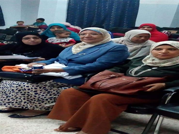 """""""سرطان الثدي وختان الإناث"""" في ندوة تثقيفية لسكان قرية المنيرة بالوادي الجديد"""