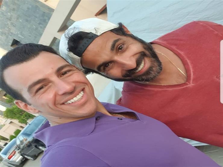 أحمد فهمي يوجه رسالة لصديقه رامي رضوان