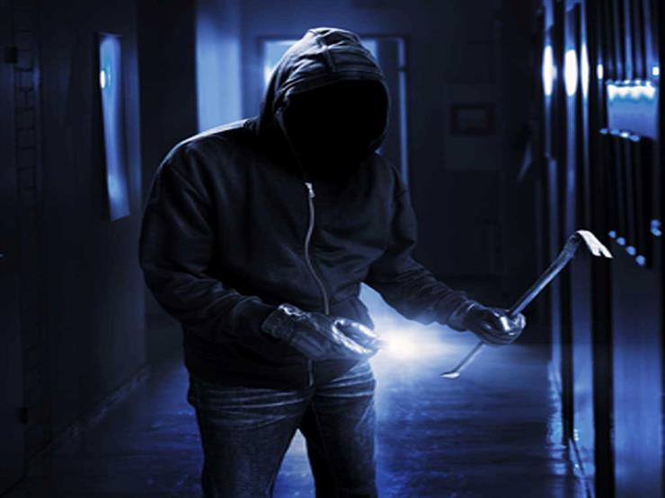 جريمة لواء بالمعاش بفيصل.. الجاني انتظر رجوعه من صلاة الفجر وقتله على الباب