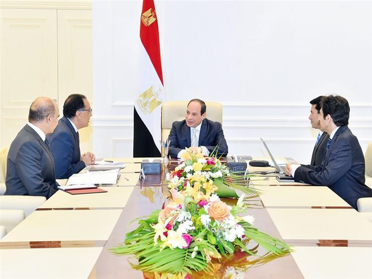 """السيسي يبحث تطوير المنظومة الكروية في مصر ومشروع """"الموهبة"""""""