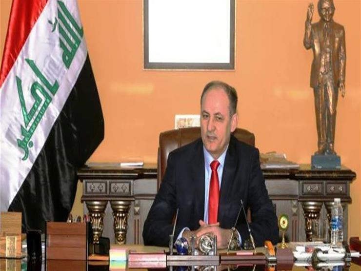 العراق يتسلم عشرات القطع الأثرية واللوحات التراثية المهربة   مصراوى