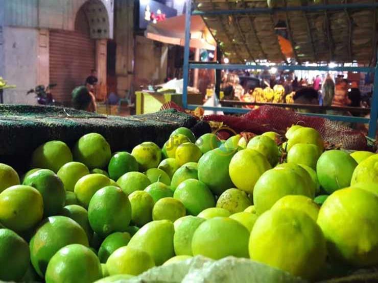 5 جنيهات تراجعا في كيلو الليمون.. أسعار الخضر والفاكهة في سوق العبور اليوم