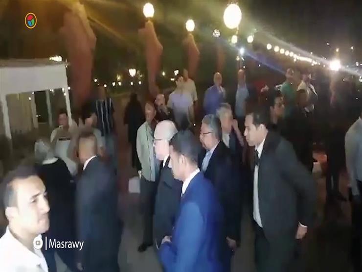 محمد فؤاد وحسام غالي في عزاء عزت ابو عوف