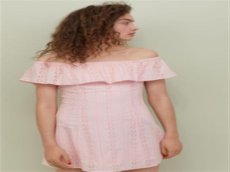 الفستان الوردي ينطق بأنوثتك هذا الصيف