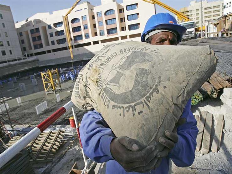 صناعة الأسمنت في مصر.. تاريخ عريق وحاضر يتدهور (فيديوجرافيك)