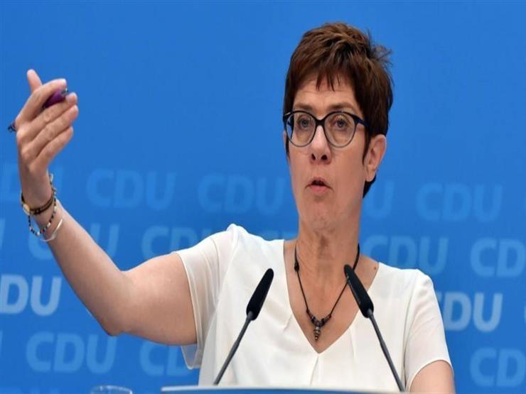 وزيرة الدفاع الألمانية تلتقي الأمين العام للناتو في أول زيارة لها لبروكسل