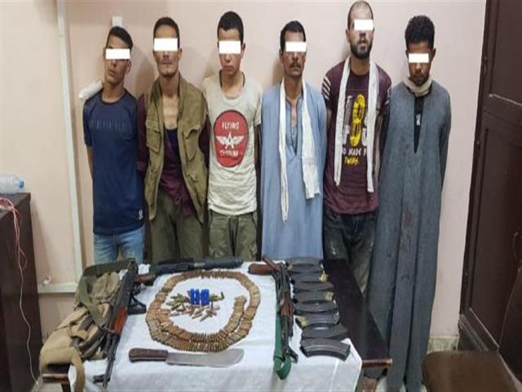 ضبط 6 أشخاص بحوزتهم أسلحة نارية وذخائر بدون ترخيص في الجيزة