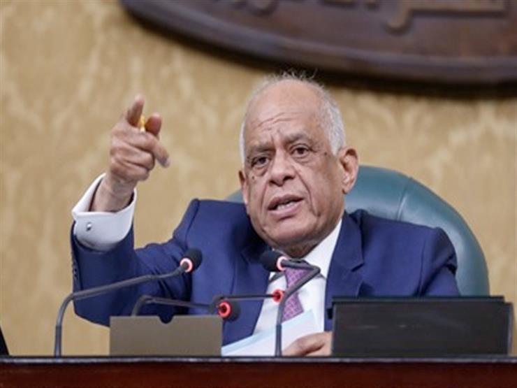 """""""عبدالعال"""" يطالب الحكومة بإحصائية عن مستأجري الإيجار القديم"""