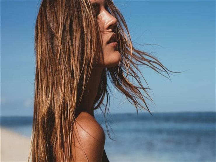 كيف تحمين شعرك في الصيف؟