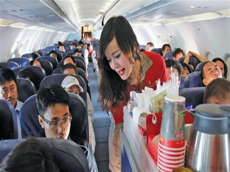 9 سلوكيات يمارسها المسافرون تزعج مضيفات الطائرات