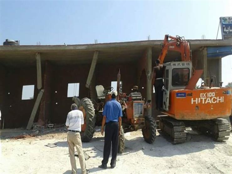 حملة لإزالة التعديات على الأراضي الزراعية في دمياط