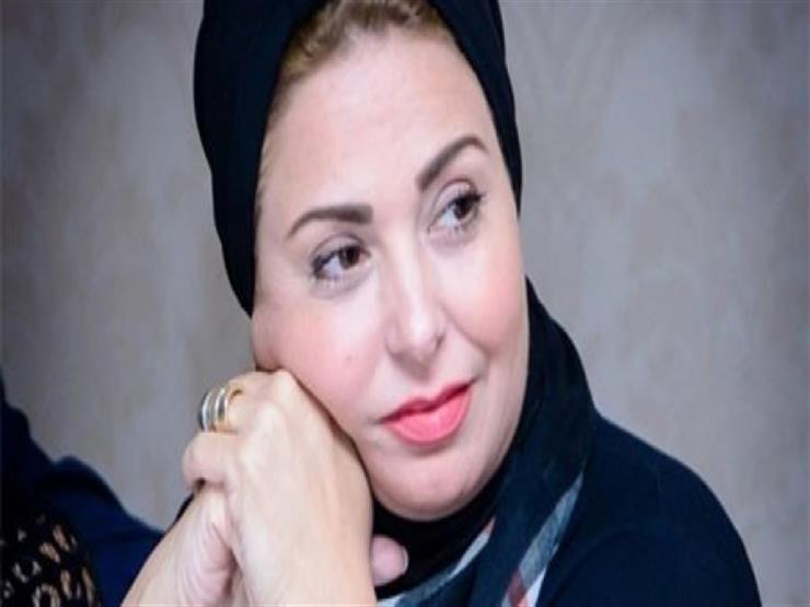 بعد وفاة والدتها.. صابرين لـ هالة صدقي:  الله يصبرك    مصراوى