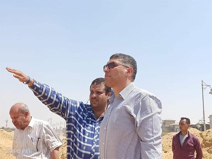 """رئيس """"القاهرة الجديدة"""" يتابع أعمال تطوير المرافق بمنطقة الامتداد"""