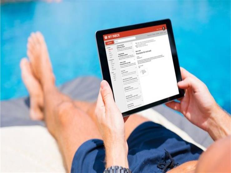 هل تستطيع أن تنفصل تماما عن عملك خلال العطلة؟