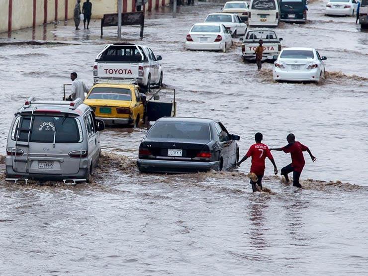 المجلس العسكري السوداني يوجه بإنزال قوات لمواجهة آثار السيول بالخرطوم