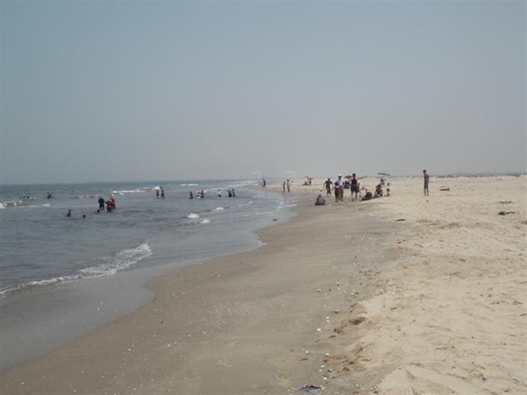 """برلماني: إدكو """"شاطئ موت"""" أضاع فرحة العيد على المواطنين"""