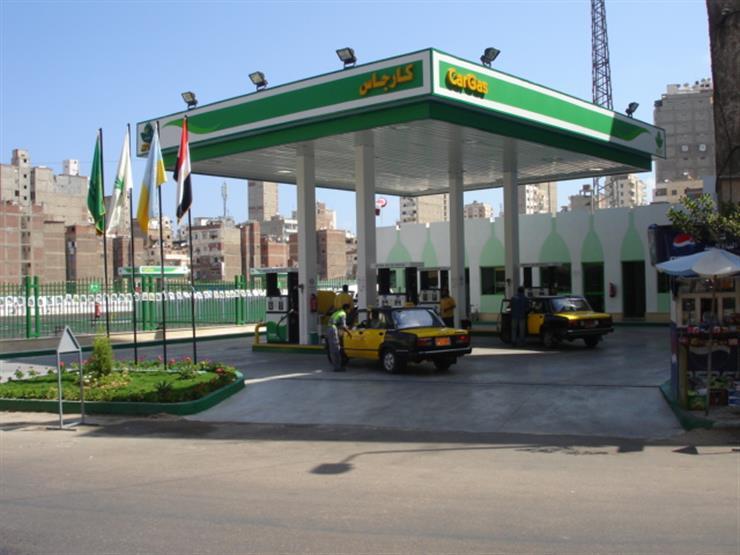 وزارة البترول تستهدف تحويل 50 ألف سيارة للغاز الطبيعي في العام الجاري