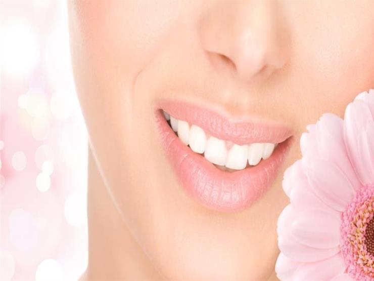 تعاني من تصبغ الأسنان.. 3 وصفات طبيعية تخلصك من المشكلة