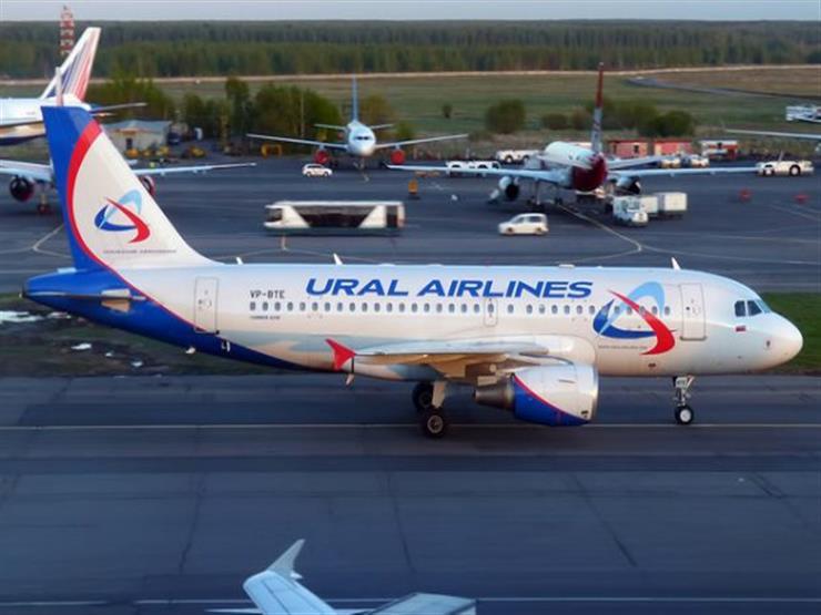 23 مصابا إثر هبوط اضطراري لطائرة روسية بعد اصطدامها بسرب طيور