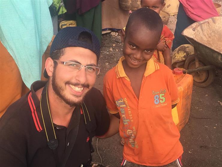 """""""مياه آمنة"""".. حين توسّع مشروع شاب مصري ليروي بلاد أفريقيا"""