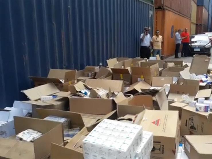 فيديو | كيف أحبطت الداخلية محاولة تهريب 2 مليون عبوة محظور تصديرها بالإسكندرية؟