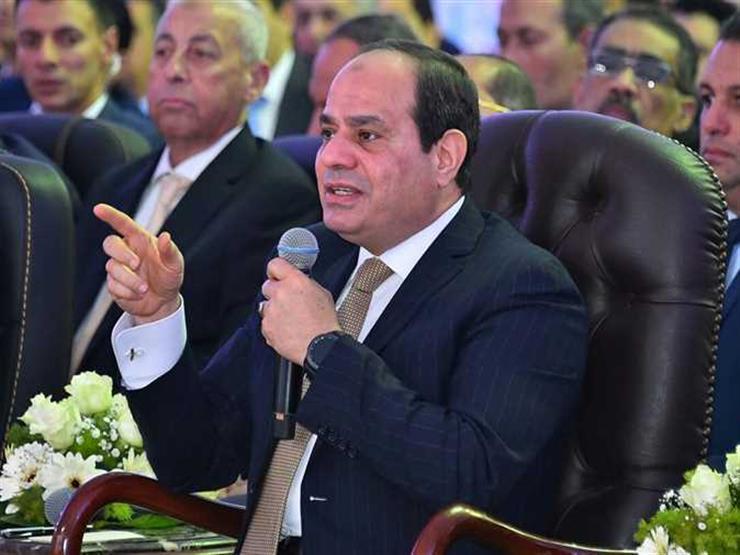 """السيسي يوجه بالتنسيق مع التجار: """"مش هنتفق معاهم على الناس"""""""