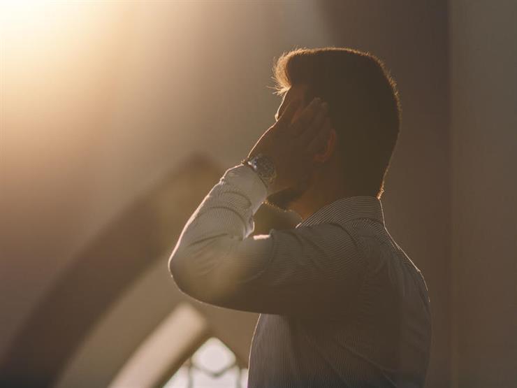 أمين الفتوى يوضح آراء الفقهاء في حكم الإقامة للصلاة.. تعرف عليها