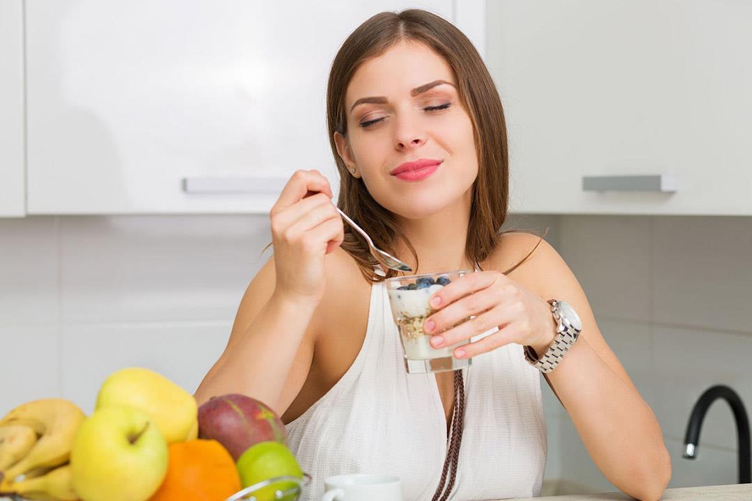 9 أطعمة يفضل تواجدها على مائدة إفطارك اليومي (صور)
