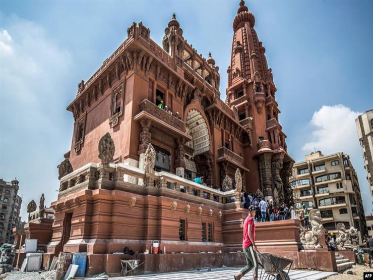 رئيس الوزراء ووزير الآثار يتفقدان أعمال ترميم قصر البارون