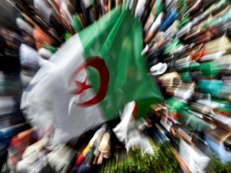 بعد ستة أشهر من التظاهرات الحراك والسلطة في مأزق في الجزائر