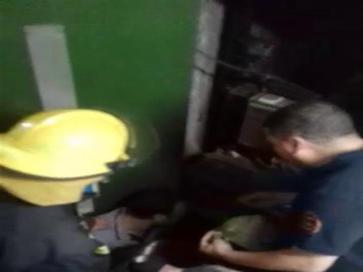 """""""الأسنانسير وقف"""".. الحماية المدنية تنقذ طفلين تعطل بهما مصعد في شبرا"""