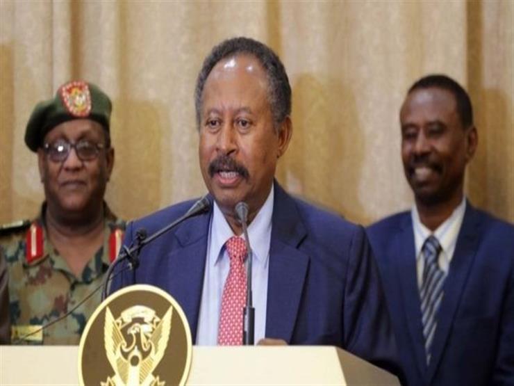 """رئيس الوزراء السوداني الجديد يُنصح بـ""""الابتعاد عن السياسة"""""""