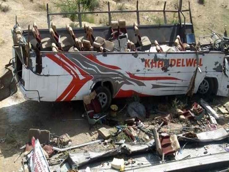 مقتل 9 أشخاص إثر سقوط ناقلة على شاحنة في الهند
