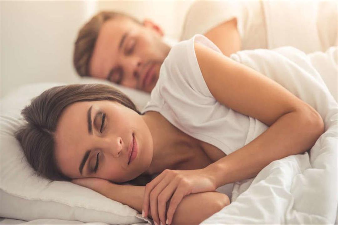 القهوة تحفزها.. حالة طبية تؤدي لممارسة العلاقة الحميمة أثناء النوم