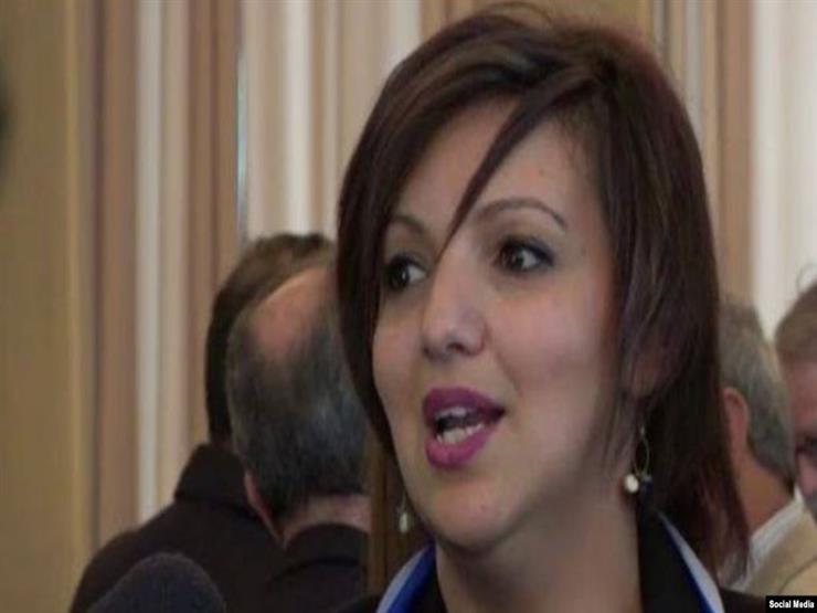 استقالة وزيرة الثقافة الجزائرية على خلفية حادث التدافع بحفل غنائي