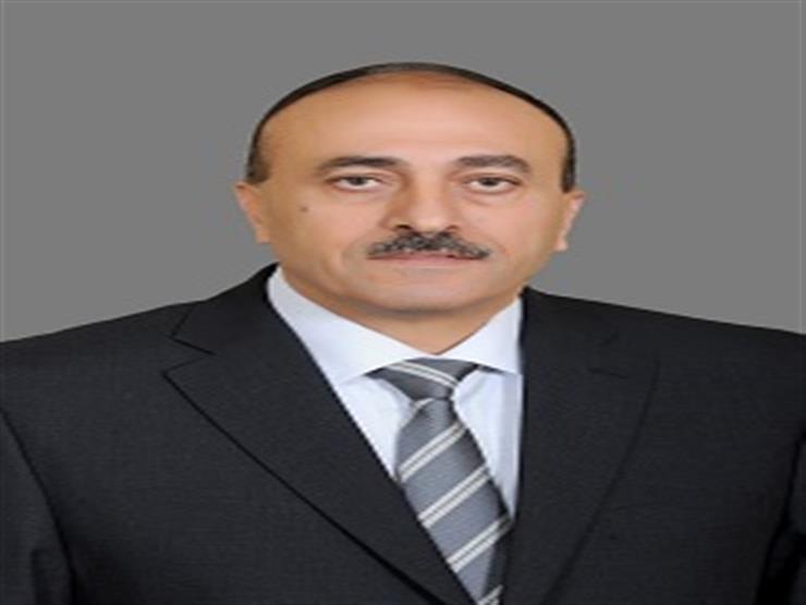 بدرجة نائب وزير.. قرار جمهوري بتجديد تعيين الأمين العام لمجلس الوزراء