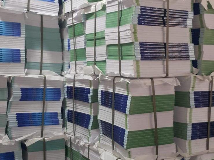ضبط 30 ألف كتاب مدرسي بدون تصريح داخل مكتبة بالفجالة