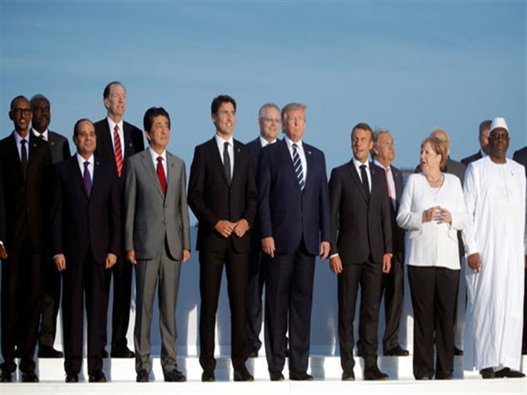 صورة تذكارية لقادة قمة الـ7 الكبار بمشاركة الرئيس السيسي
