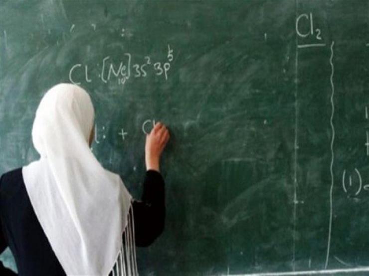 """بعد بيانات التضامن.. """"معلمة بورسعيد"""" تبرئ ضابط شرطة من الاعتداء عليها (مستندات)"""