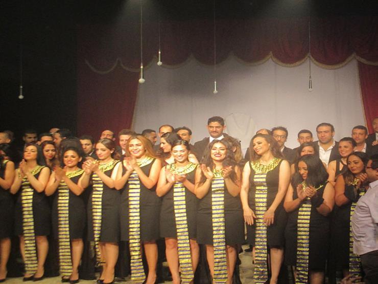 12 عرضًا مسرحيًا قبل ليلة ختام القومي للمسرح