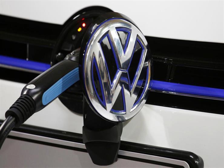 فولكس فاجن تستثمر مليار يورو لإنتاج سيارات كهربائية في 2022