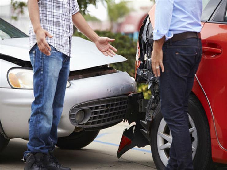 خطأ شائع يسبب كوارث عند إيقاف السيارة في حالات الطوارئ.. تعرف عليه