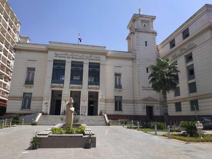 بالصور- متحف الفنون الجميلة.. جمال يتنفس نسيم الإسكندرية