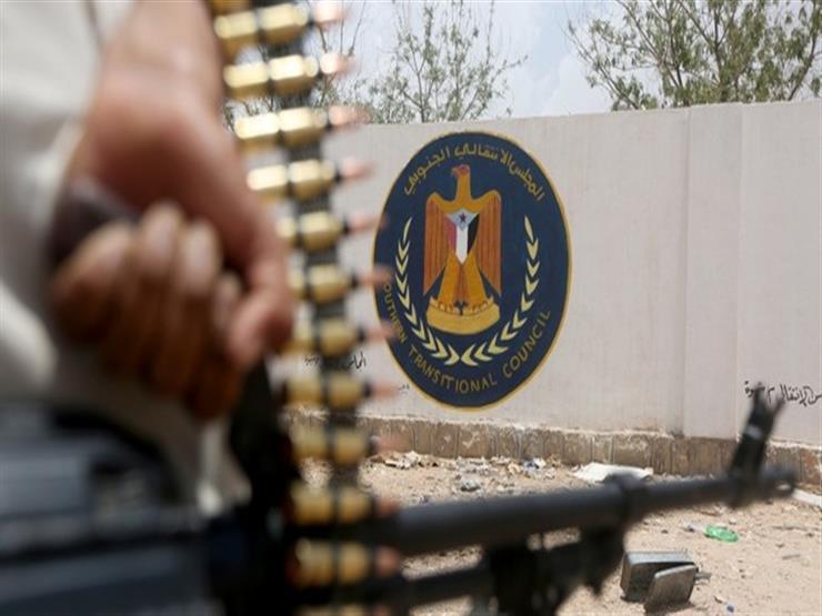 """اليمن: اشتباكات """"الانتقالي"""" والحكومة مستمرة وكلاهما يعلن السيطرة على عدن"""