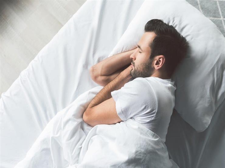 لأصحاب الأمراض المزمنة.. لا تناموا أقل من 6 ساعات يوميا