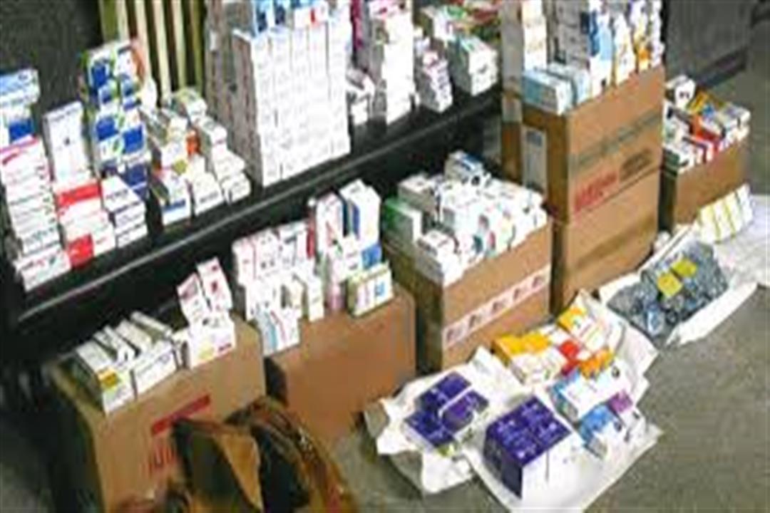ضبط أدوية مهربة وأخرى مجهولة المصدر بصيدليات دمياط