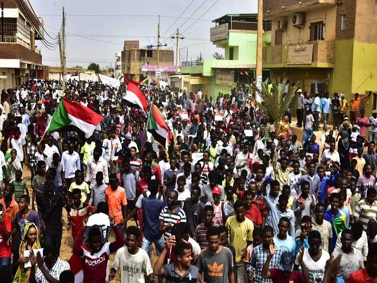 السودان: تجمع المهنيين يطالب بإقالة وزير الداخلية بسبب عنف ضد متظاهرين