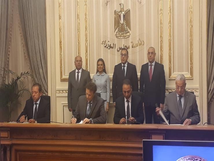 """""""بدأ التنفيذ فعليًا"""".. مدبولي يشهد توقيع اتفاقية """"مونوريل العاصمة الإدارية وأكتوبر"""""""